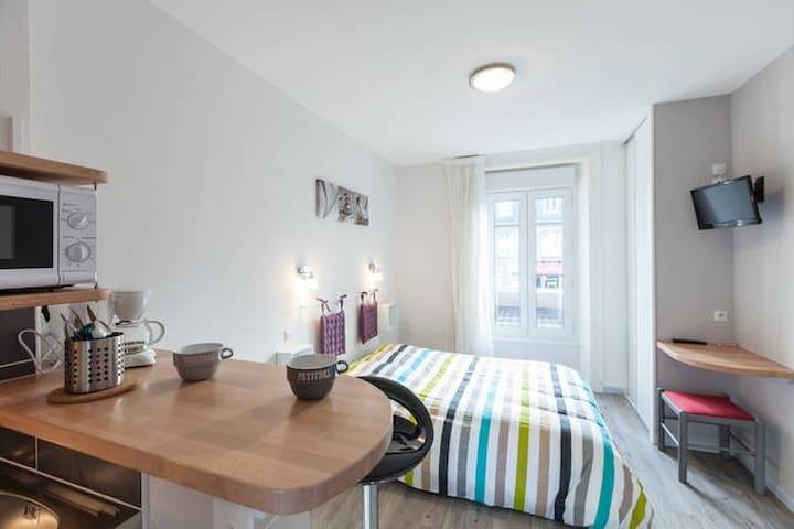 Charmant studio 2 pers tout confort - Saint-Malo - Villa