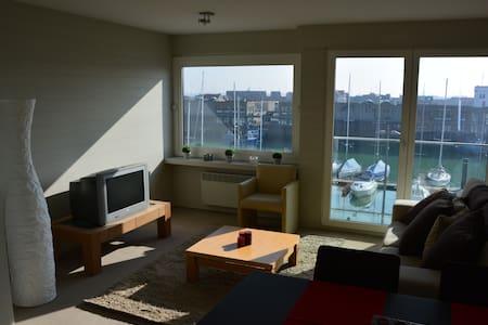 Marina View Apartment - 2BR - Brugge - Lakás