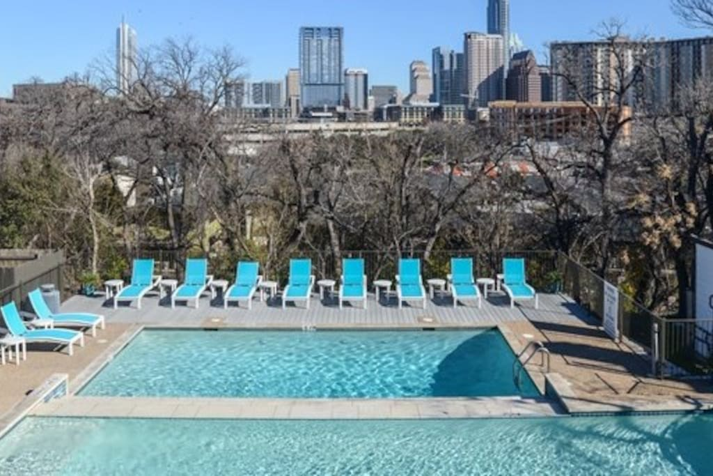 Great pool with downtown view!