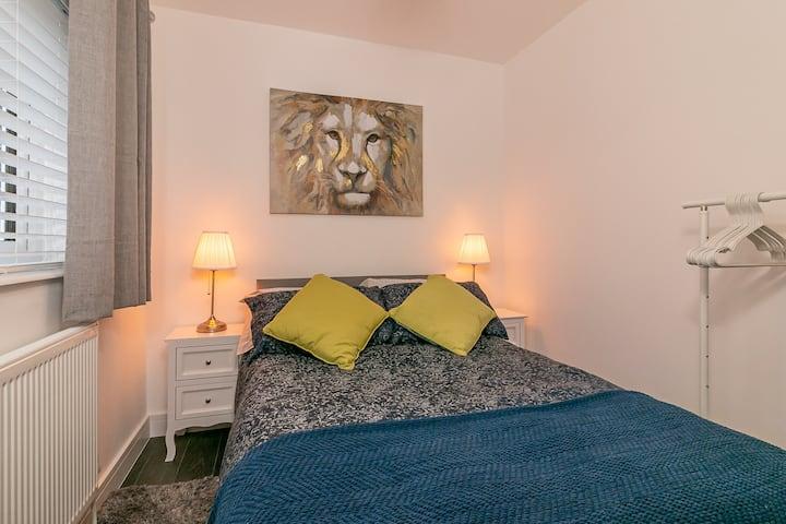 Vine Room  - Archers Lodge