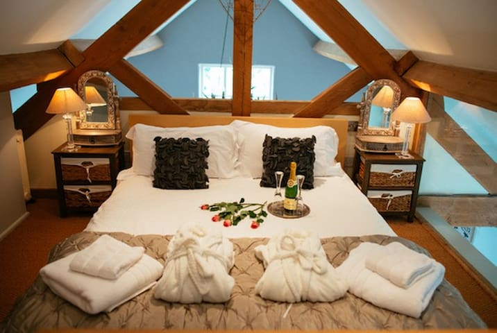 The Old Parlour  5* Boutique Barn - Wrenbury - อื่น ๆ