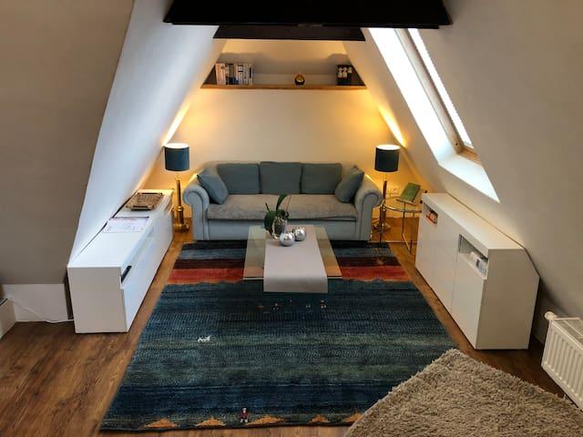 Wiesbaden / Nähe Frankfurt: Moderne Studiowohnung