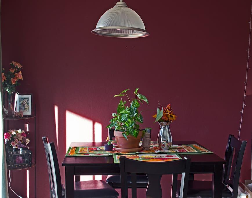 Sunny dining area!!