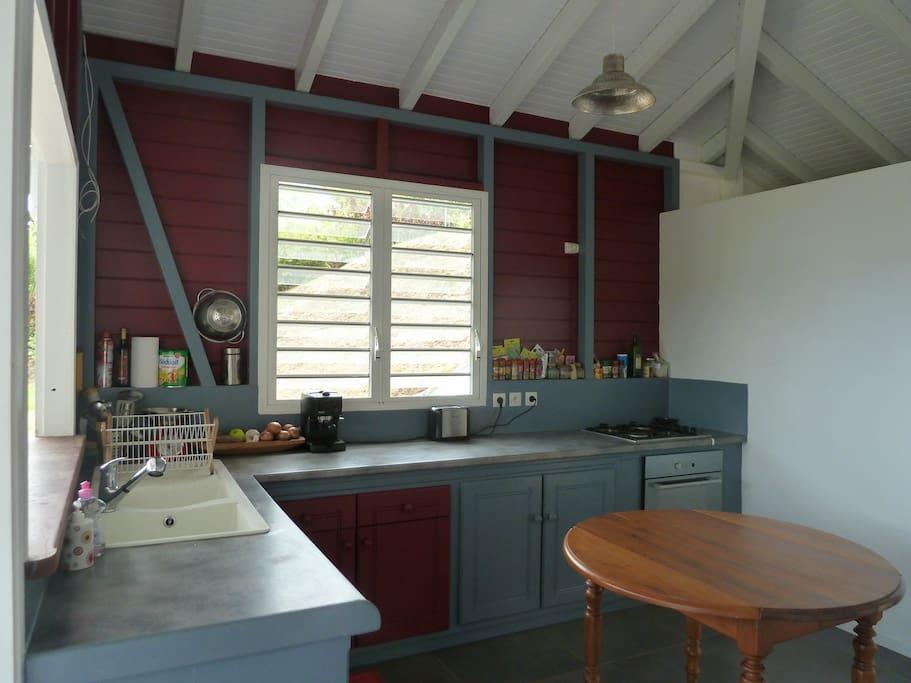 cuisine ouverte sur la terrasse