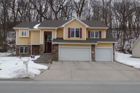 Berkshire or CWS - Whole House - Council Bluffs - Hus