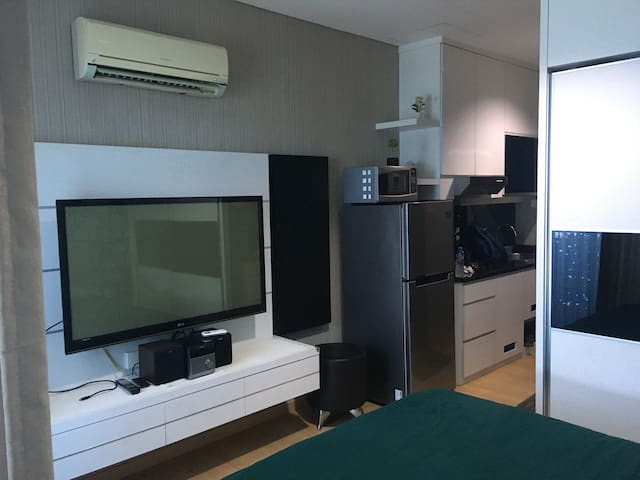 GP Plaza Cozy Work Office Apartment Jakarta