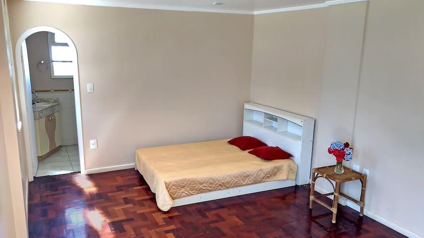 Cobertura no centro com 2 quartos para pouso