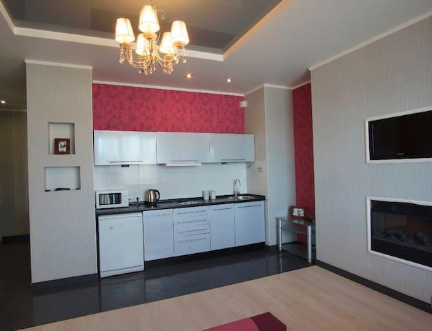 Роскошные двухкомнатные апартаменты в новострое - Carcóvia - Apartamento