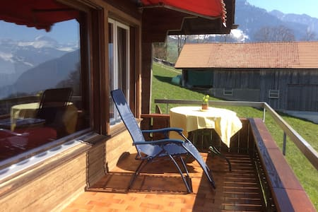Chalet Lindt - beautiful lake view - Huis