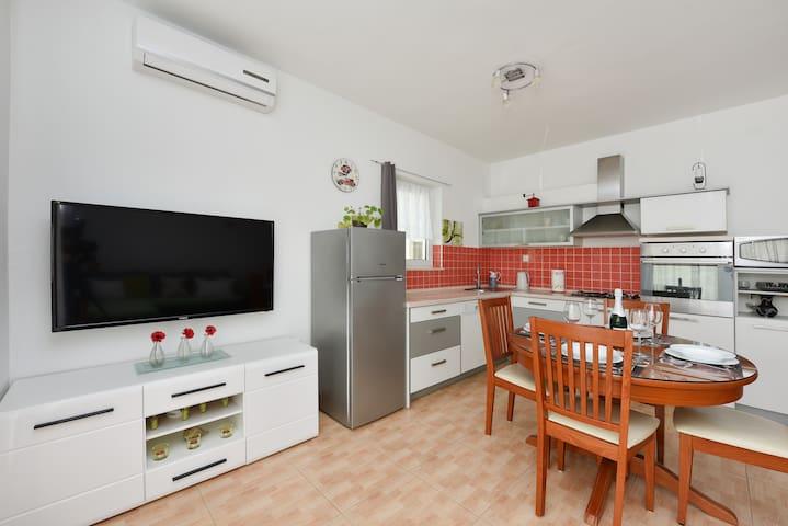 Big apartment in Srima