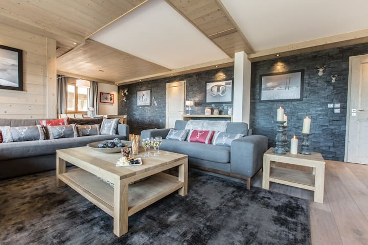 B21-22 Aspen lodge, belle vue Courchevel centre