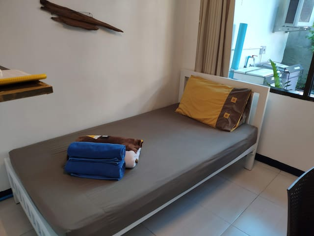 ❂❂❂❂Little room for a small person@City Center❂❂❂❂