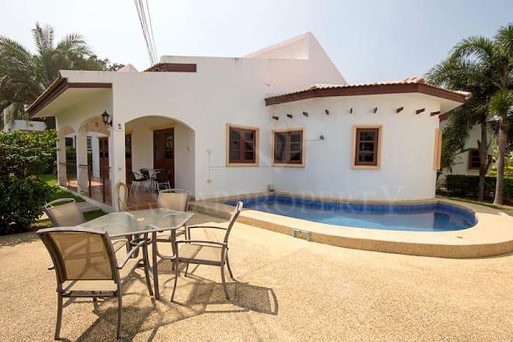 3 bedroom / 2 bathroom pool villa - Tambon Khao Noi - 別荘