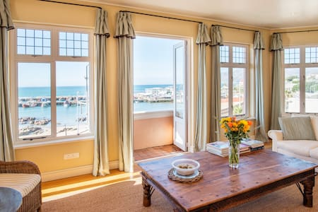 Haven Bay Apartment, Kalk Bay - Cape Town