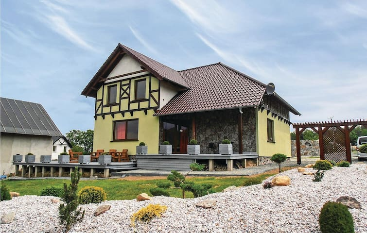 Holiday cottage with 5 bedrooms on 210 m² in Karpacz