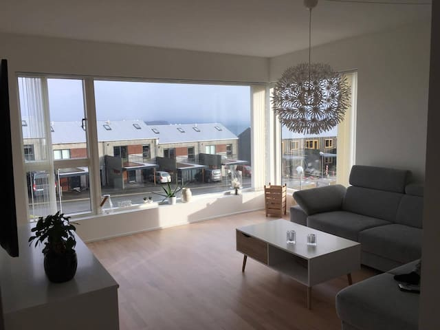 Apartment with view over Tórshavn city. - Argir