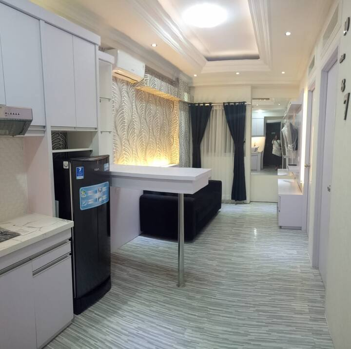 The Suite @ Metro Apartment by MOH - 2BR