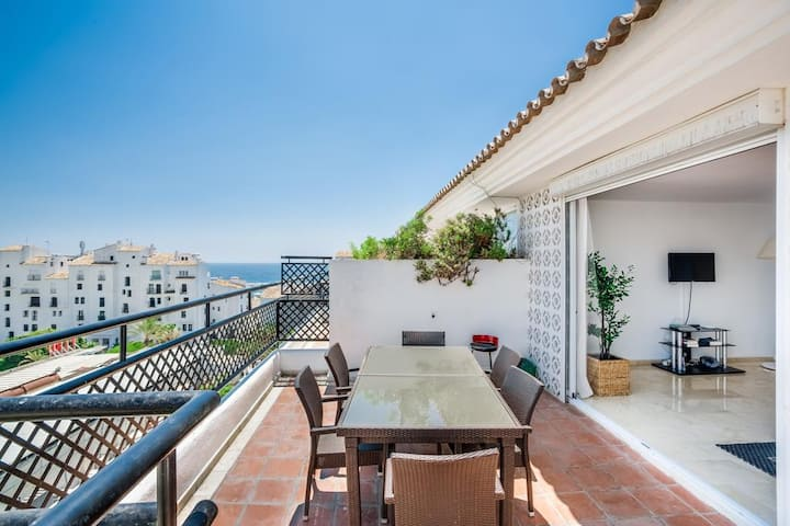 Superior Suite with views in Puerto Banus!