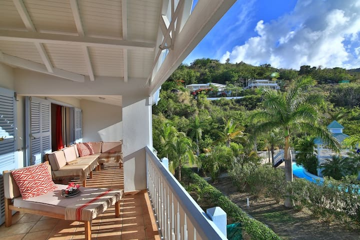MOKA CARAIBES Beautiful Apartment in Tropical Garden, 2 Steps from Anse Marcel Beach