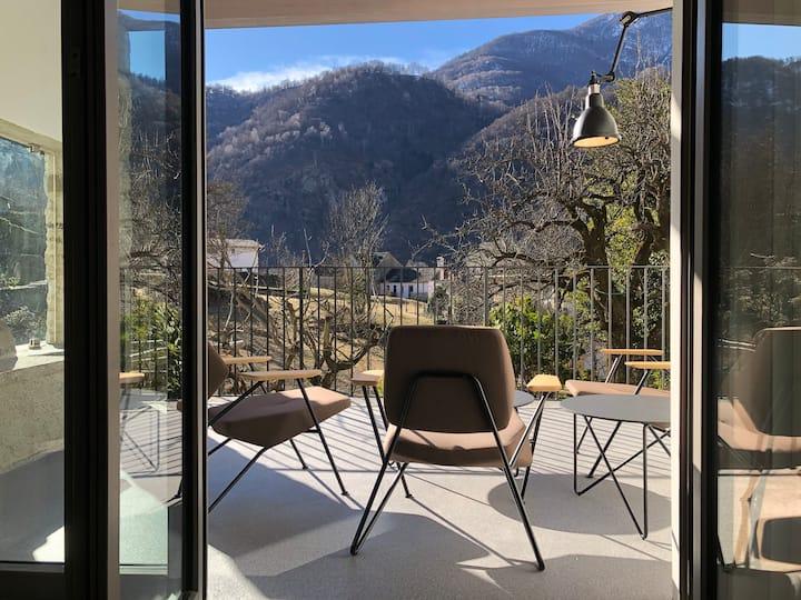 Design Rustico Casa A, 10mins from Locarno