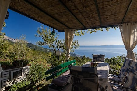 Stone villa in a peaceful village - Makarska