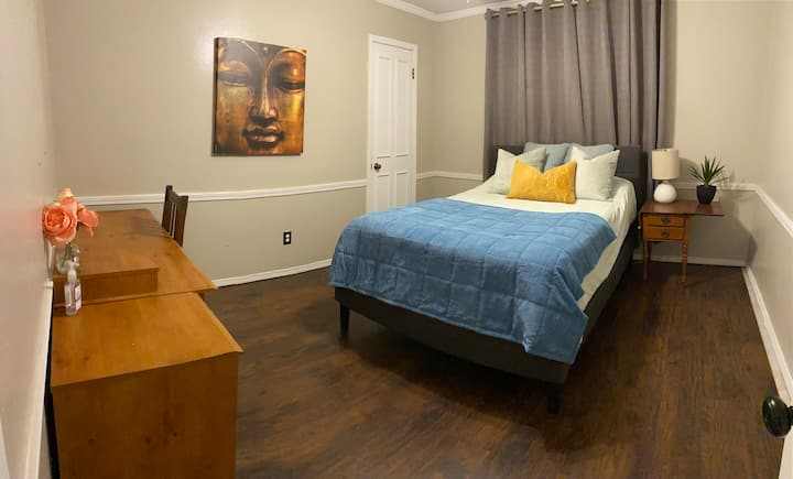 Comfy Stay in Houston. Wifi/Hulu, Netflix
