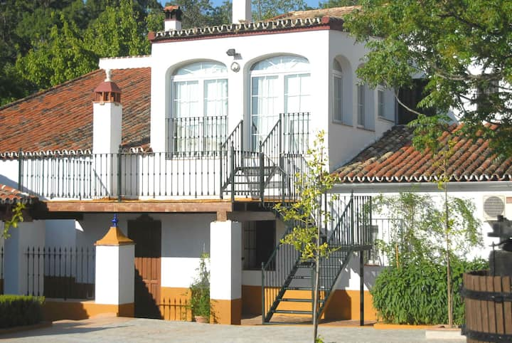 Casa Rural Misiones - Esencia de la Vega- Cazalla