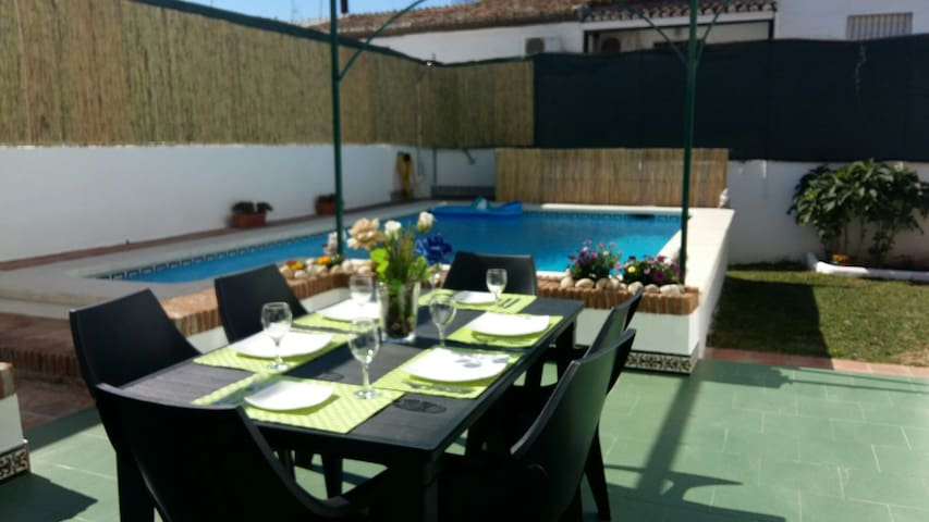 Nerja, private pool, near center and Burrianabeach