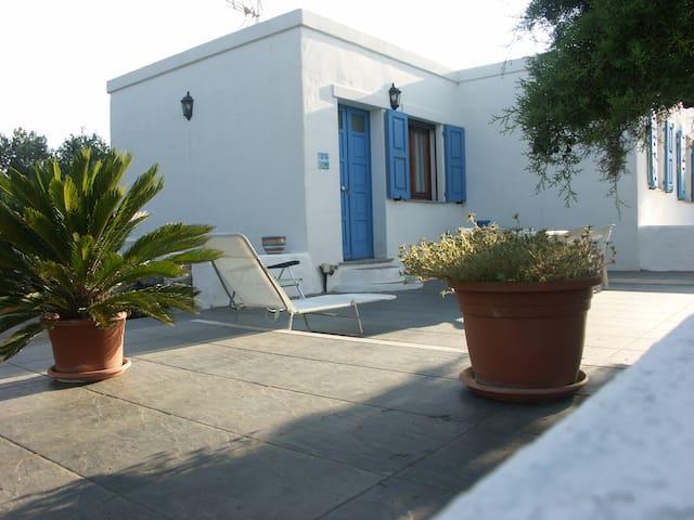 Vicinanze Stintino appartamento1 con giardino