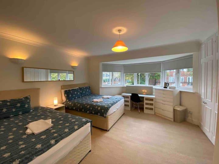 Big and comfortable En suite twin room