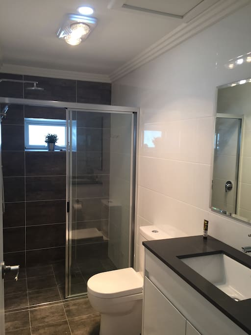 Large new Ensuite