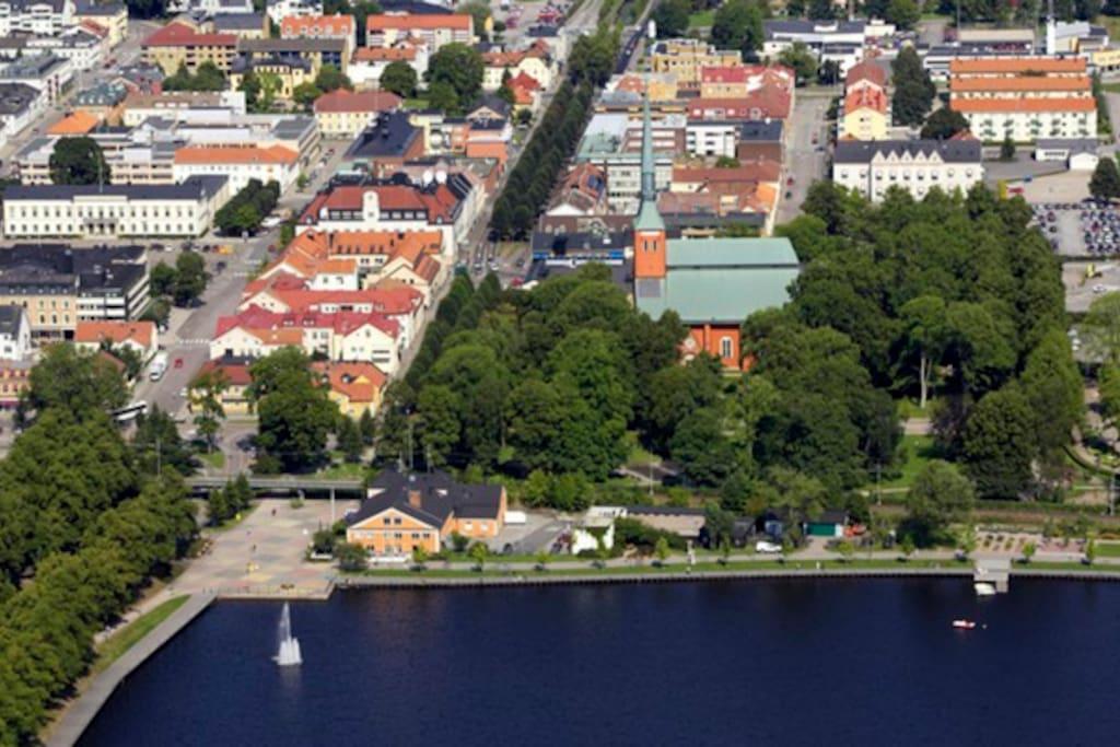 Bild från google. Växjösjön och Domkyrkan syns bland annat här