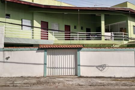 quarto individual numa republica - São José dos Campos