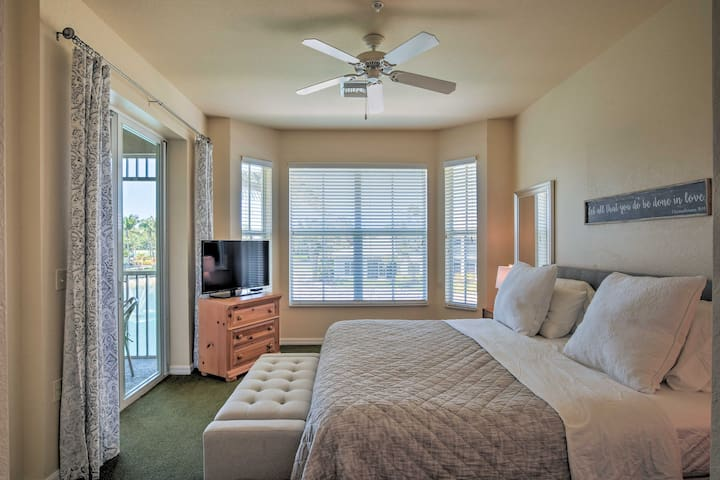 The master bedroom is sure to please 2 guests.