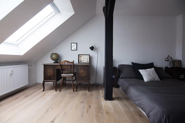Cosy, quiet and spacious loft