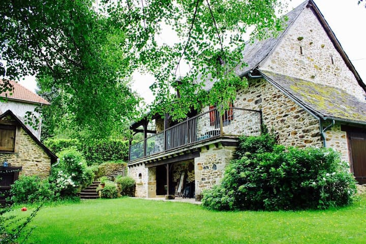 GITE DE CHARME INDEPENDANT - Vigeois - Holiday home