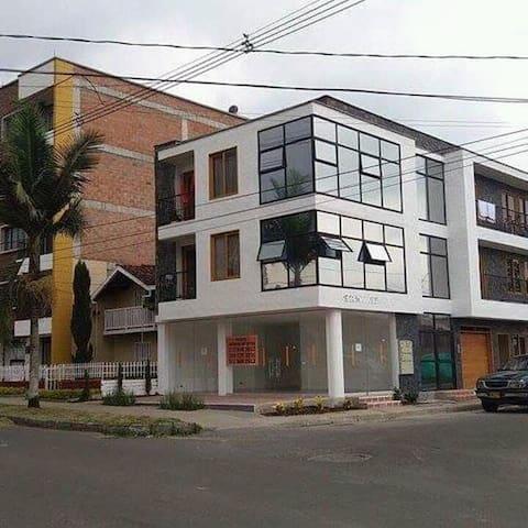 aparta suite - La Ceja - Wohnung