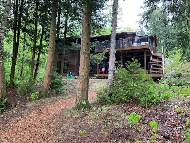 Muskoka Silver Pines Cottage