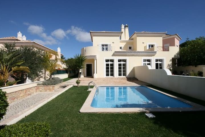 Val do Lobo Private villa with pool (3bedrooms)