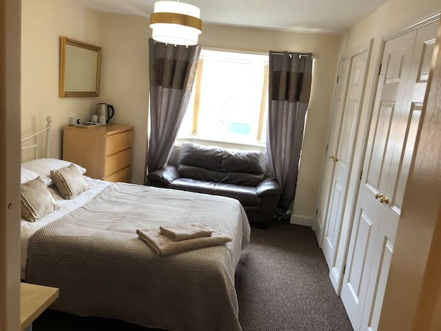 Luxury holiday home near Waterworld Alton Towers