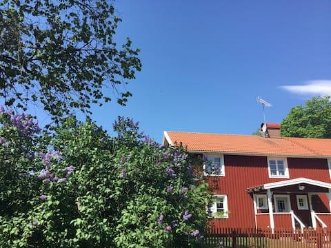 Enskilt beläget hus på landet,fint alla årstider
