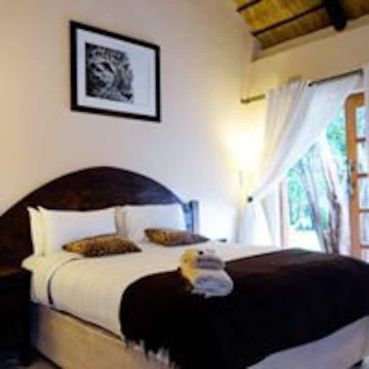 Pakanaka Lodge