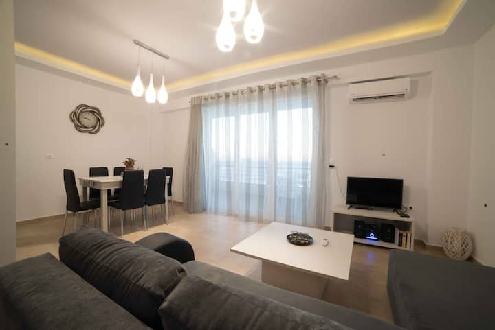 Bella Mare Luxury Apartment-G-Magnolia-