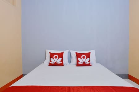 Beautiful Room at Yello House - Sawah Besar - Wohnung
