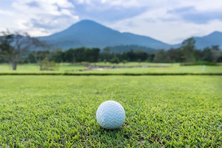 Chatrium Golf Resort_Deluxe Room 40 sqm