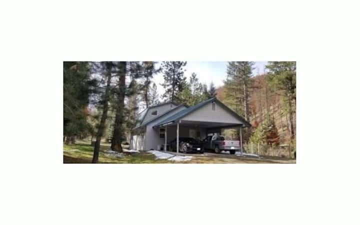 Lone Wolf Lodge