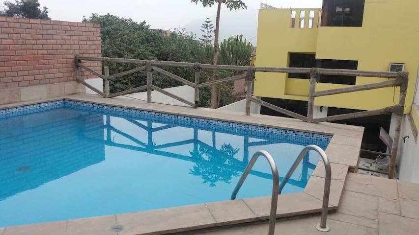 habitaciones en la lima, excelente ubicación!! - Distrito de Lima - Pensió