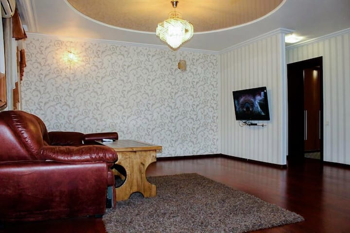 Квартира находится в центре Донецка
