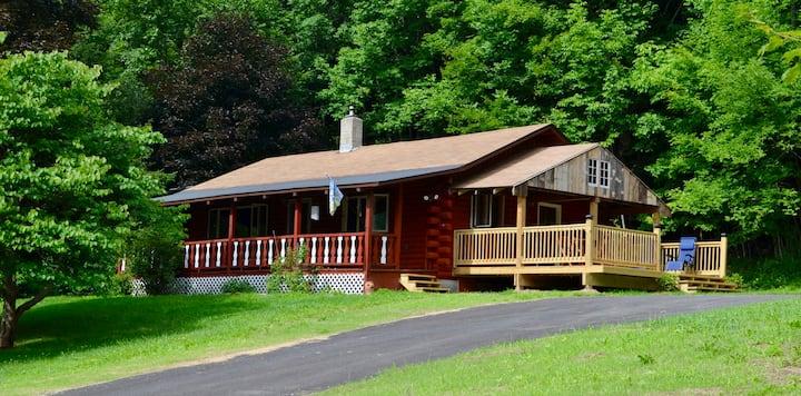 Cozy Catskill Ski Cabin Margaretville/Arkville