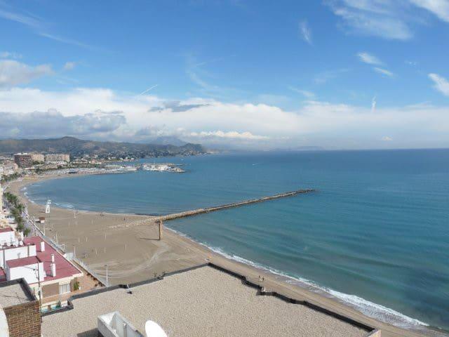Beachfront Apartment. 2 bedroms. - Alicante - Apartment